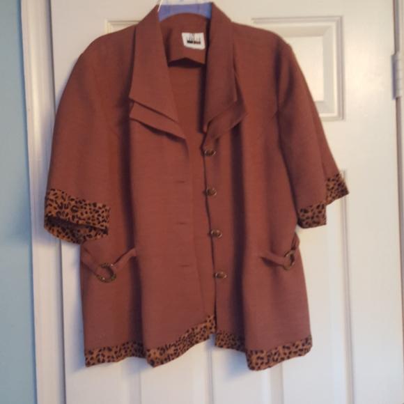 Leslie Fay Jackets & Blazers - Woman's button down blazer